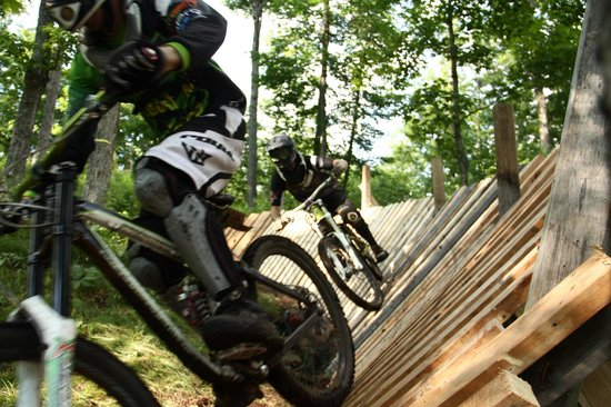 Speculator, État de New York : Downhill Mountain Biking