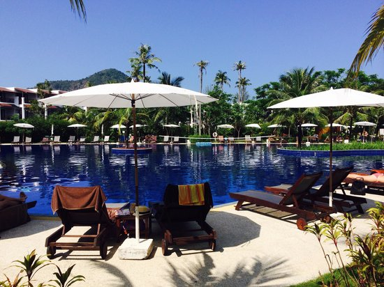 Sunprime Kamala Beach : Pool