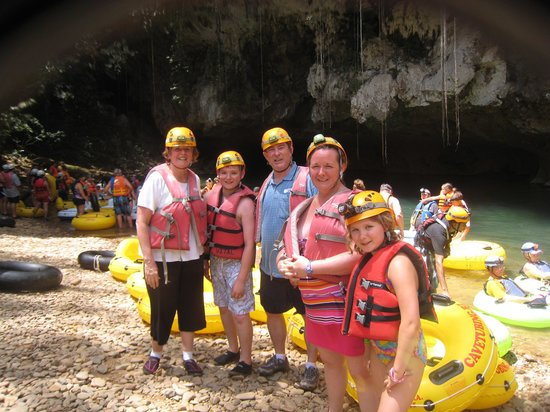 Cave Tubing.Bz: SO MUCH FUN!!!