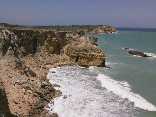 Cabo Rojo Lighthouse: view from the lighthouse cliffs towards Playa Sucia