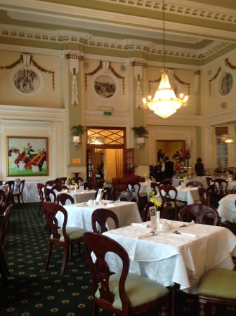Castlereagh Boutique Hotel: Beautiful dinning room.
