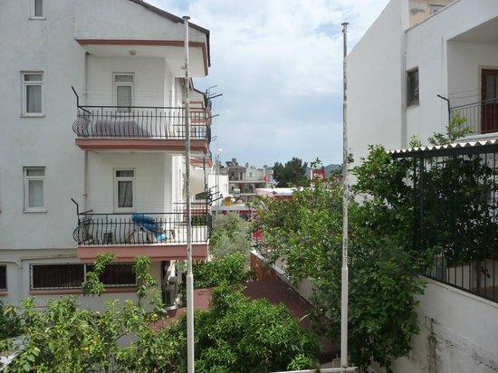Hotel Kekova: Aussicht Zimmer Erdgeschoß...