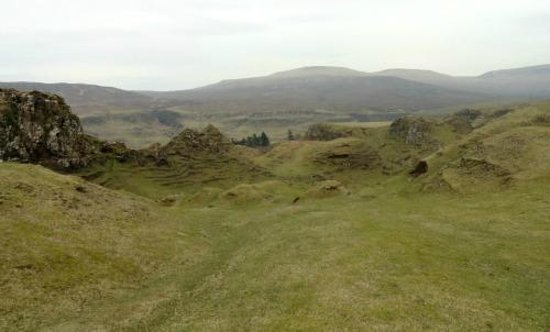 Fairy Glen : The Mounds in the Basin