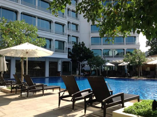 Park Hotel Clarke Quay : View in the Pool