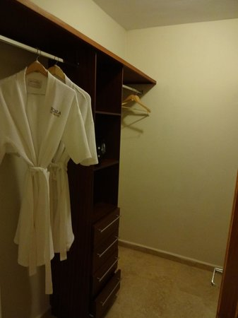 Ciqala Luxury Suites: Master Bedroom