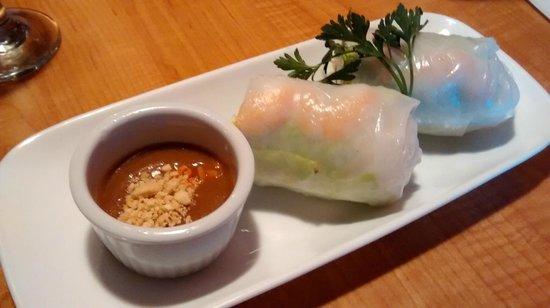 Saigon Kitchen: Spring roll 1