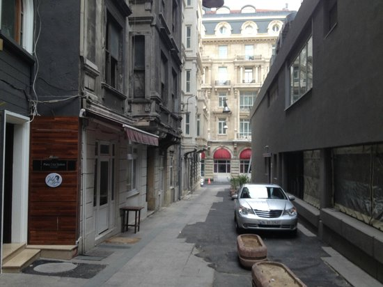 The Peak Hotel: from the outside