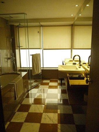 City Suites Taipei Nanxi: ユニットバスルーム…広かったです。