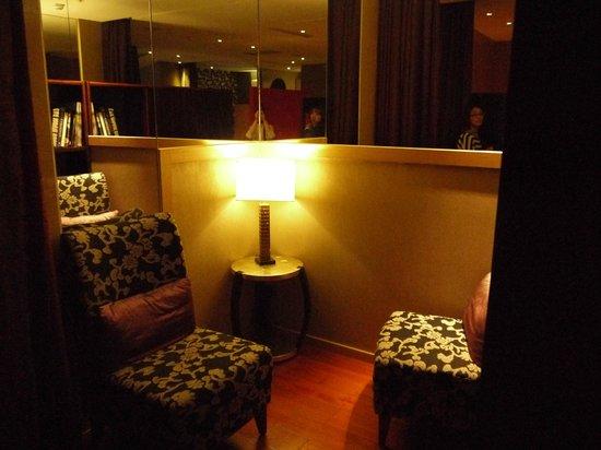 City Suites Taipei Nanxi: 読書スペースです