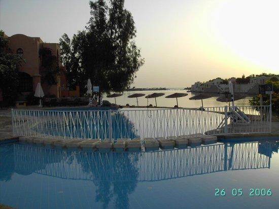 Hotel Sultan Bey Resort : Бассейн отеля