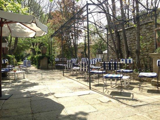 Le Mas d'Entremont: Terrasse