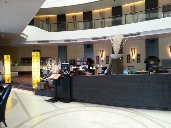 Millennium Resort Patong Phuket : エントランス