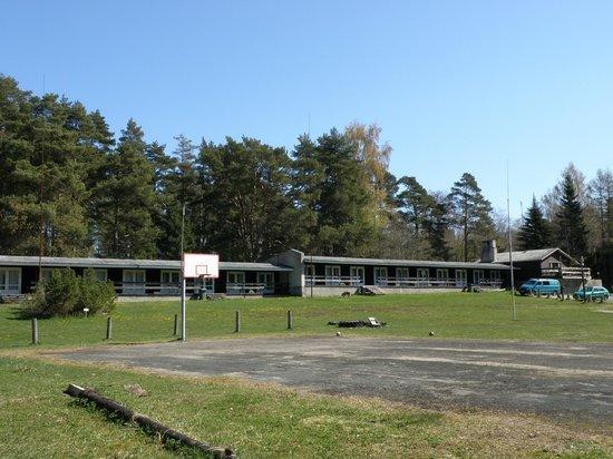 Laulasmaa Side Holiday Centre: Motel Units and Grounds