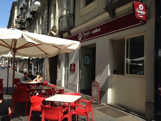 Espression Lavazza Torino: Sunny Morning Scene