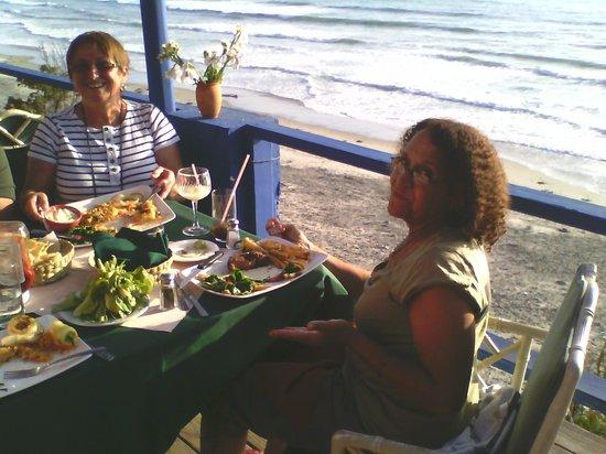 La Fonda Hotel & Restaurant : Excellent food and ocean views.