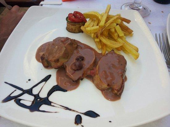 Restaurante Forum : Carne in salsa di frutti rossi