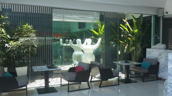 Hotel Solo Sukhumvit 2: Computer area