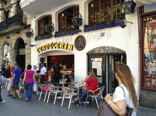 Restaurante Baviera: вид с улицы