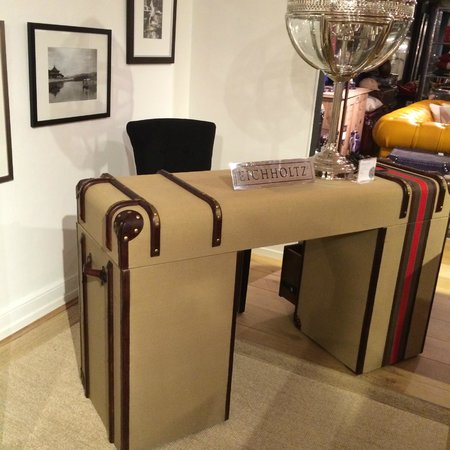 "Harrods: ""must have"" furniture"