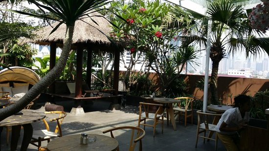 Rasuna Icon Jakarta: Awesome place to have your breakfast in morning...