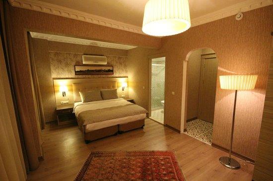 Siesta Hotel: family room