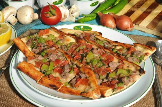 Pide is a long pizza picture of flash alanya tripadvisor for Alanya turkish cuisine