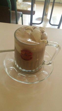 Mary's Milk Bar: Dark hot chocolate with hazelnut ice-cream