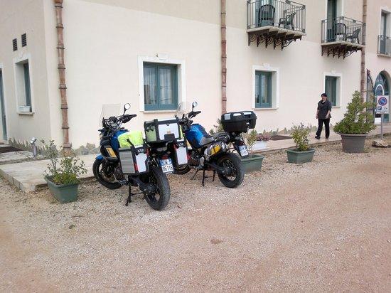 Hotel Baglio di Scopello: le nostre moto