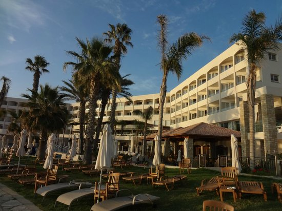 Alexander The Great Beach Hotel: Hotel