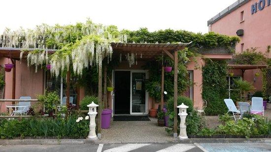 Hotel Au Sans Souci : La réception