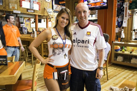 Reserve a table at Hooters, Orlando on TripAdvisor: See unbiased reviews of Hooters, rated 4 of 5 on TripAdvisor and ranked # of 3, restaurants in Orlando.4/4().