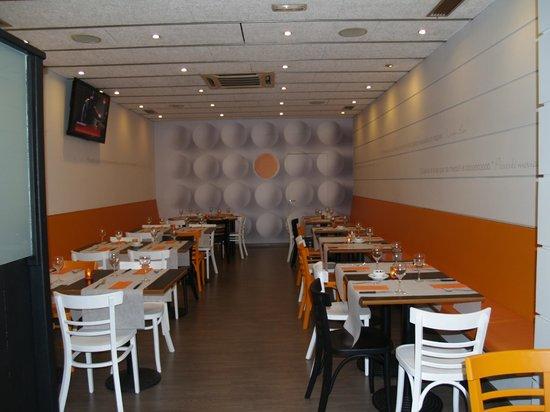 Restaurante el rovell de l 39 ou en terrassa con cocina otras for Cocinas europeas