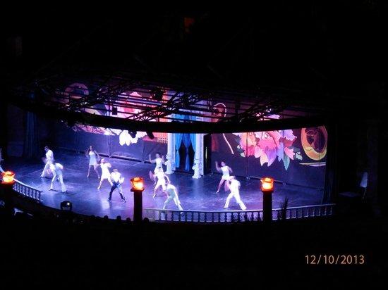 Royal Wings Hotel : Występ w amfiteatrze - widok z pokoju