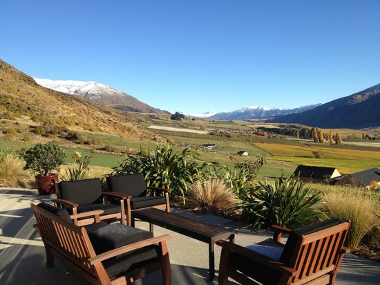 Mt Rosa Lodge: view from the dinning/ lounge area - stunning!