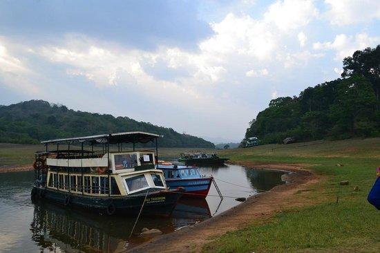 Thekkady - Woods n Spice, A Sterling Holidays Resort: Lake