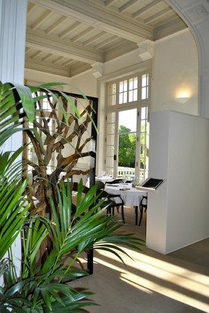 The Club House - Golf Nîmes Campagne : Entrée salle Restaurant