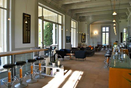 The Club House - Golf Nîmes Campagne : Salon 1
