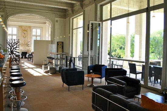 The Club House - Golf Nîmes Campagne : Salon 3