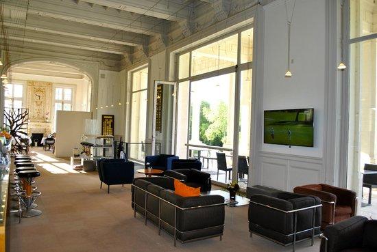 The Club House - Golf Nîmes Campagne : Salon 2