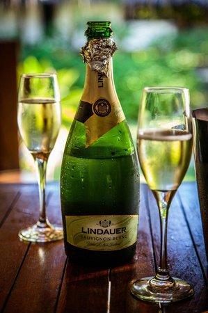 Etu Moana: Champagne on the deck