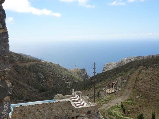 Thalori Traditional Village: Uitzicht, prachtig op de Libische Zee (vanaf 720 m hoogte)