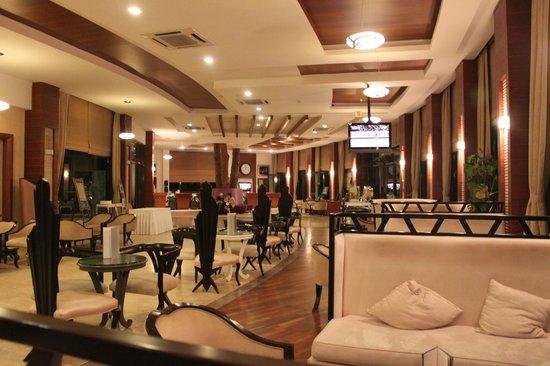 Voyage Belek Golf & Spa: Up dated lobby