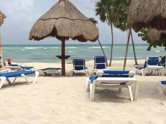 Grand Riviera Princess All Suites Resort & Spa : Adult only section of the beach