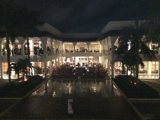 Grand Riviera Princess All Suites Resort & Spa : Main reception/restaurant area