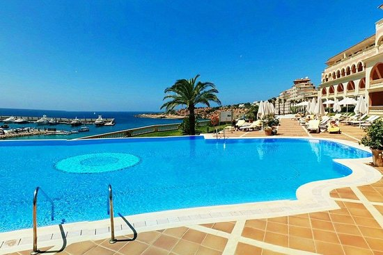 Hotel Pure Salt Port Adriano: Swimming pool