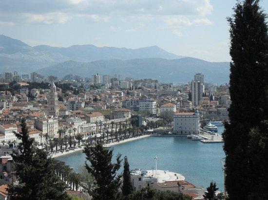 Priuli Luxury Rooms: Blick auf Promenade Split
