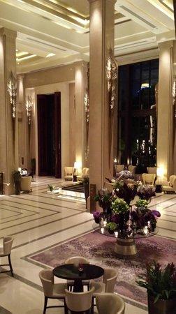 Siam Kempinski Hotel Bangkok: lobby