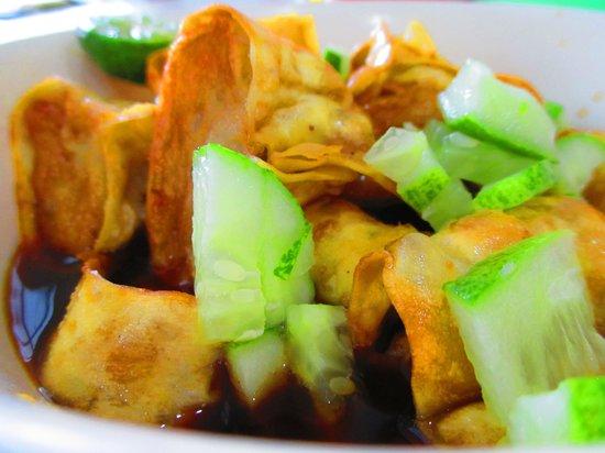 Batagor Riasari: siomay goreng with cuko pempek, they call it pempek siomay. nice