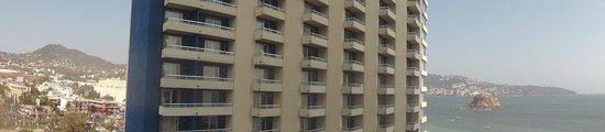 Gran Plaza Hotel Acapulco: Vista al Playa Suites