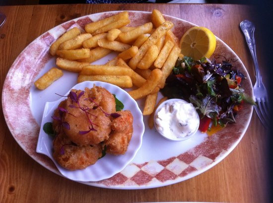 Cafe Fish: Traditional whole tail scampi